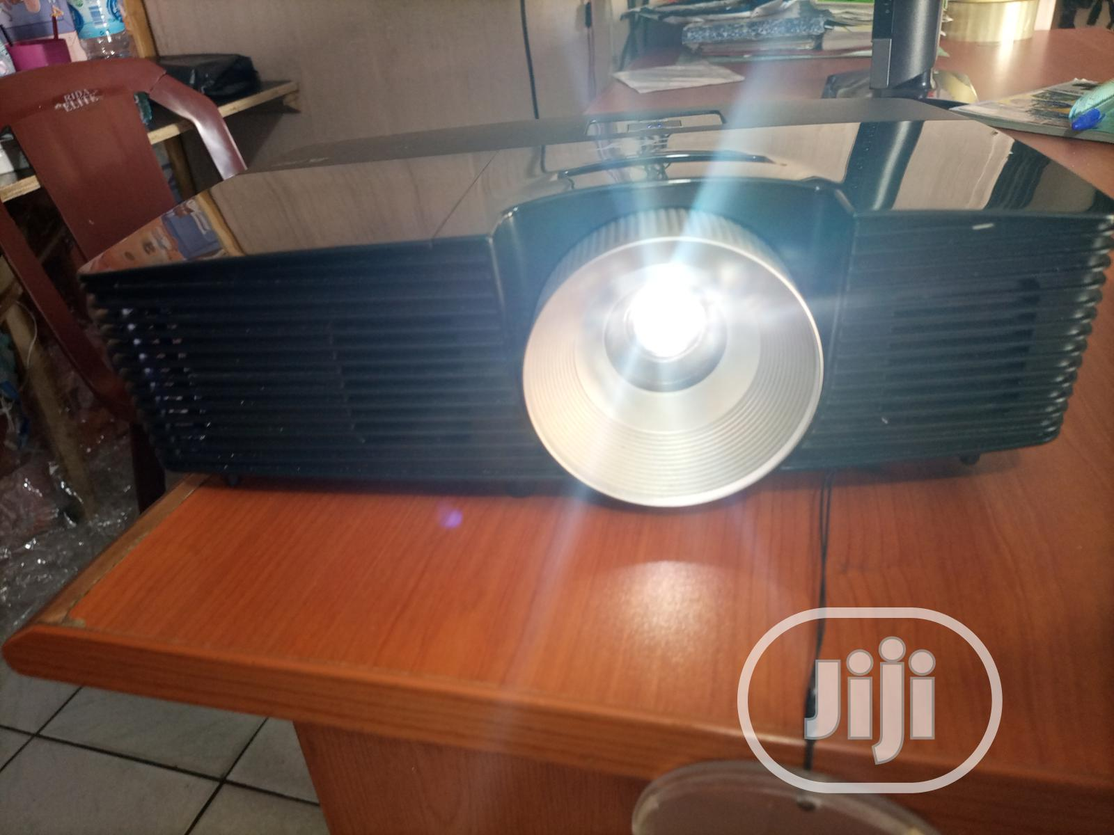 Super Bright Acer Projector