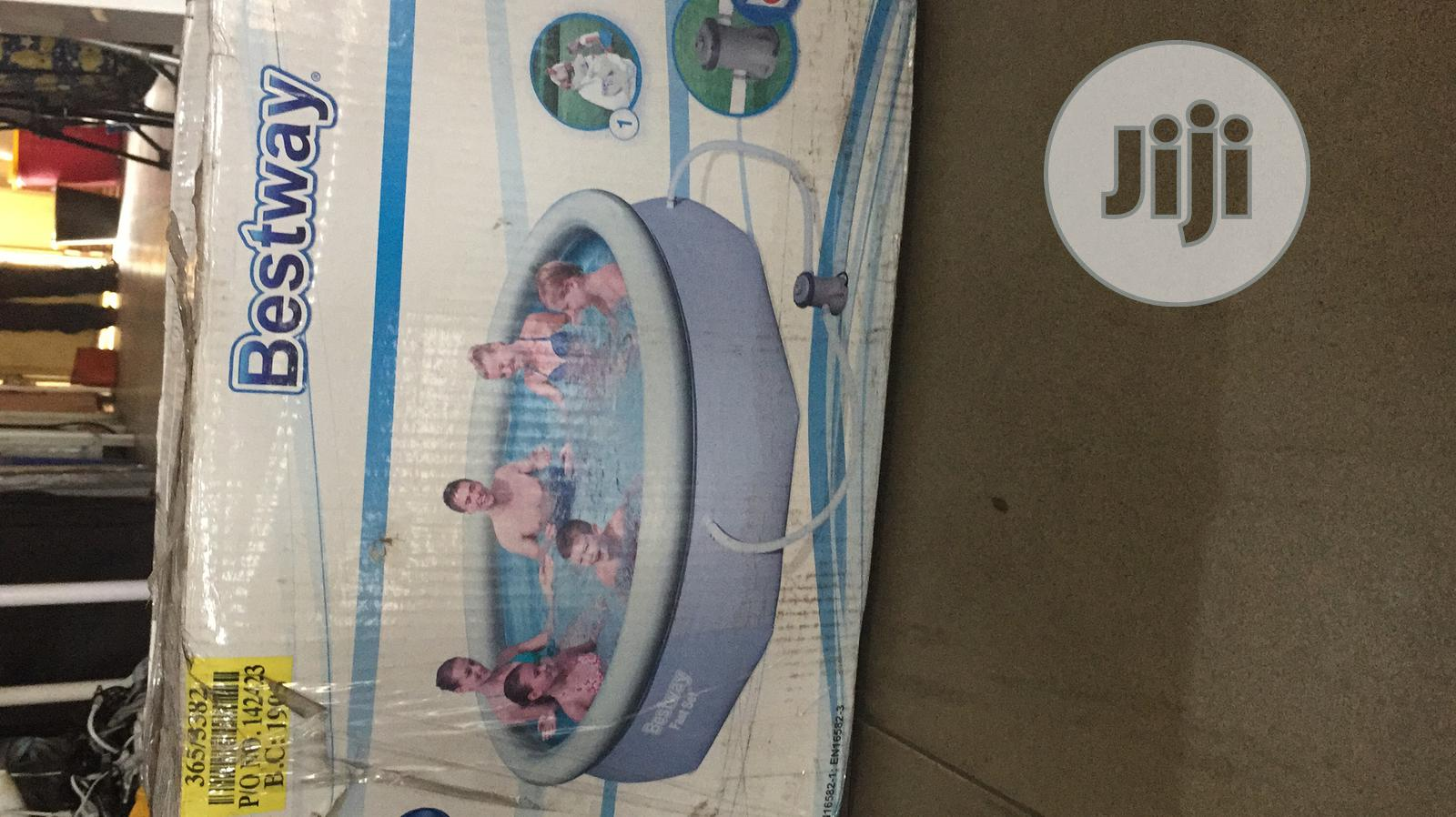 Archive: Swimming Pool With Filter