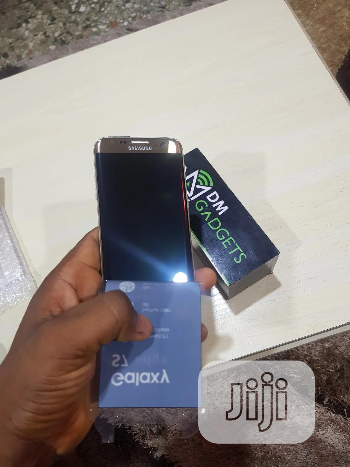 Samsung Galaxy S7 edge 32 GB Gold   Mobile Phones for sale in Ikeja, Lagos State, Nigeria