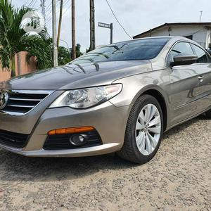 Volkswagen Passat 2010 Gold | Cars for sale in Lagos State, Gbagada