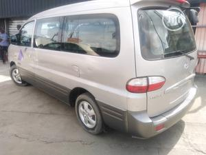 Hyundai Starex Bus 2005 Model | Buses & Microbuses for sale in Lagos State, Surulere