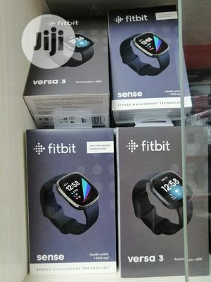 Versa 3 Fitbit Smartwatch + GPS   Smart Watches & Trackers for sale in Lagos State, Ikeja