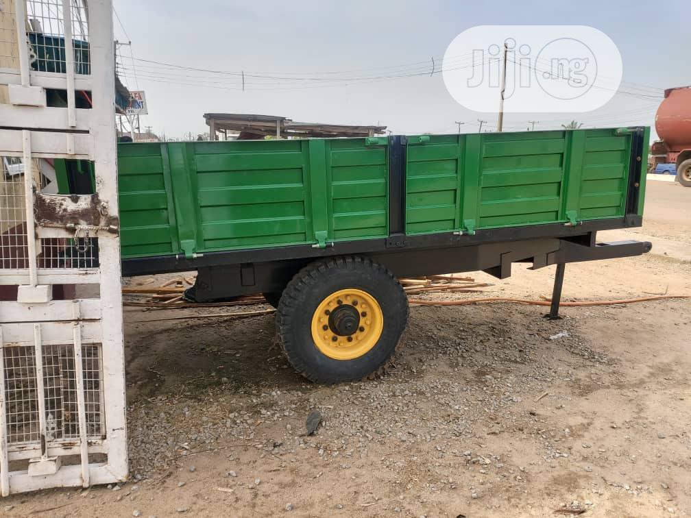 Farm Tractor Bucket for Sale