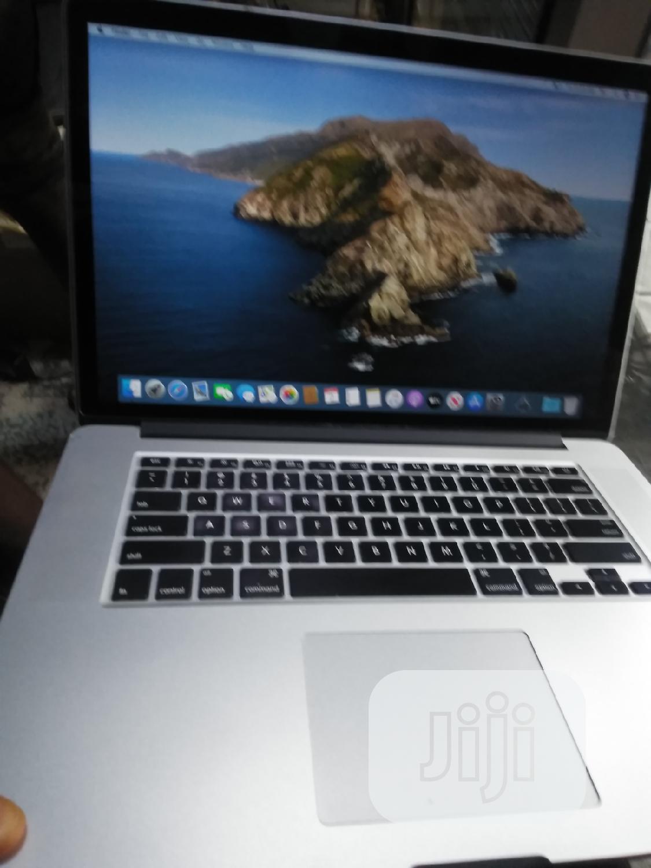 Laptop Apple MacBook Pro 16GB Intel Core i7 SSD 256GB