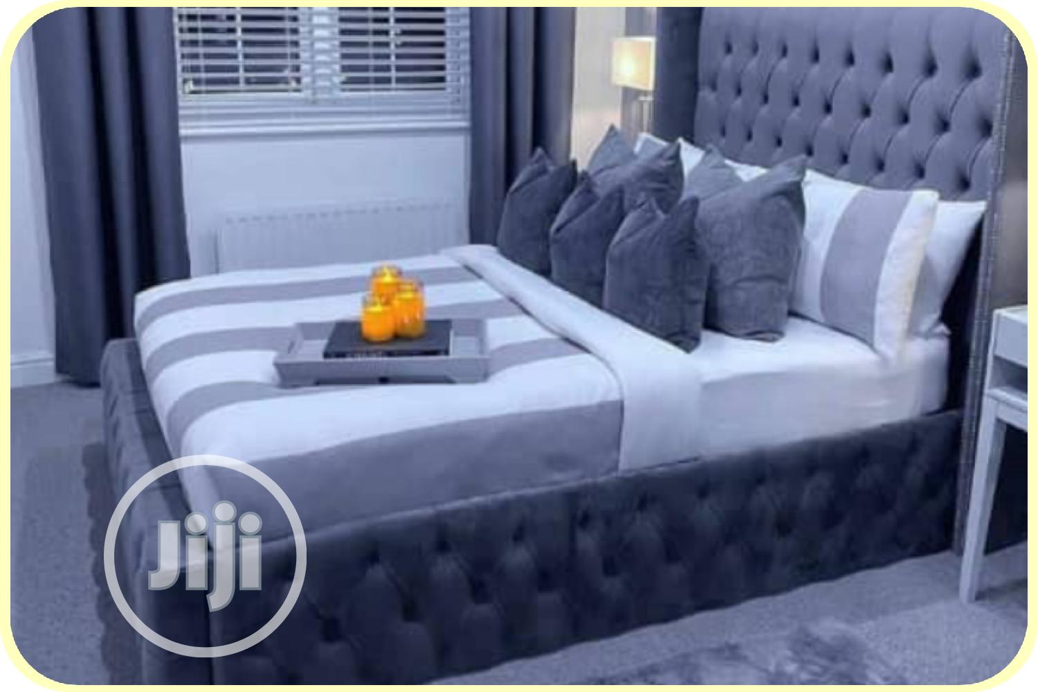 Archive: 6 By 6 Padded Bed Frame, Upholstery