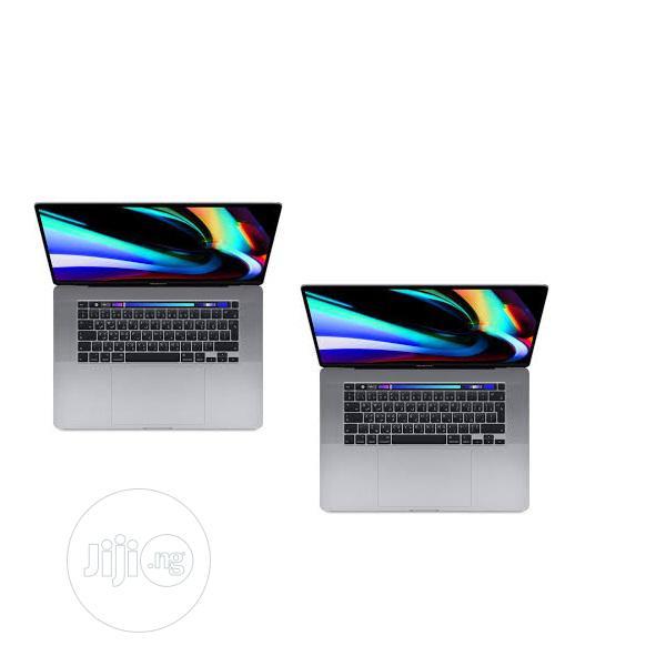 New Laptop Apple MacBook Pro 8GB Intel Core I5 HDD 256GB