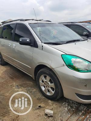 Clean AC 04 Sienna For Rent At A Discount. | Automotive Services for sale in Lagos State, Ikeja