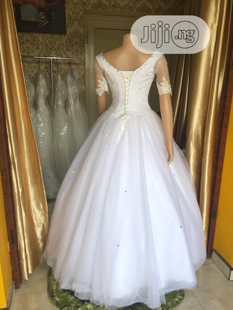 Wedding Dress For Rent With Veil,Tiara,Bouquet &Underbasket   Wedding Venues & Services for sale in Magodo, Lagos State, Nigeria