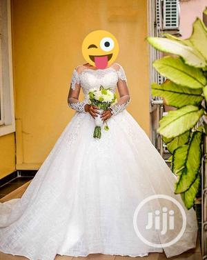 Luxury Ball Dress For Rent With, Veil, Basket | Wedding Wear & Accessories for sale in Lagos State, Magodo