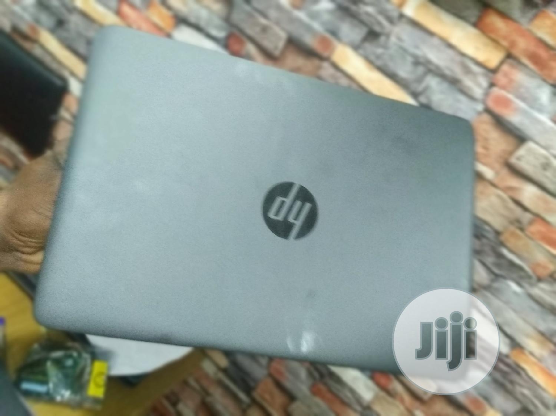 Archive: Laptop HP EliteBook 820 G2 4GB Intel Core I5 HDD 320GB