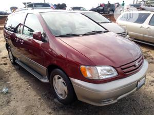 Toyota Sienna 2002 XLE Red   Cars for sale in Lagos State, Apapa