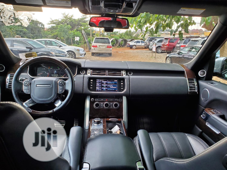 Archive: Land Rover Range Rover Vogue 2014 Black