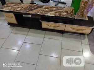 Quality Glass T.V Stand | Furniture for sale in Lagos State, Lekki