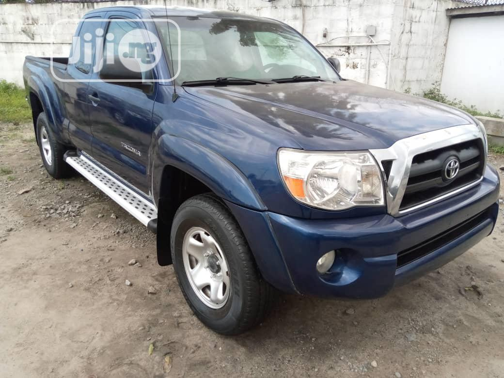 Toyota Tacoma 2006 Regular Cab Blue | Cars for sale in Apapa, Lagos State, Nigeria