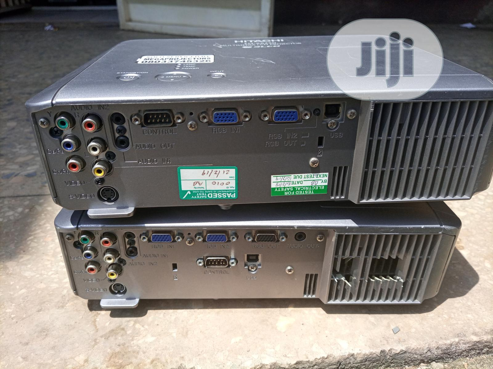Hitachi Projector   TV & DVD Equipment for sale in Gaduwa, Abuja (FCT) State, Nigeria