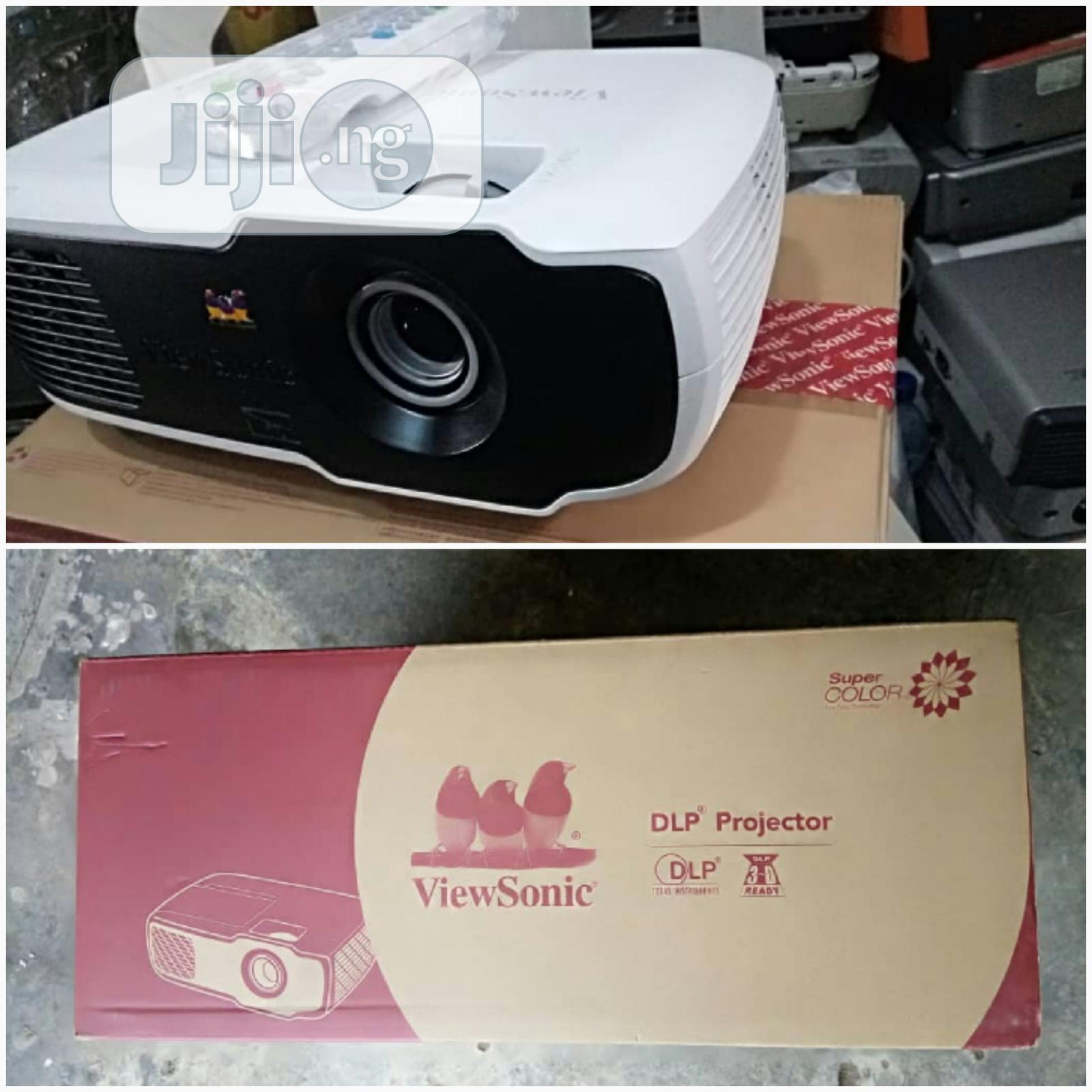 Archive: Very Sharp And Quality Viewsonic Projector For Sale