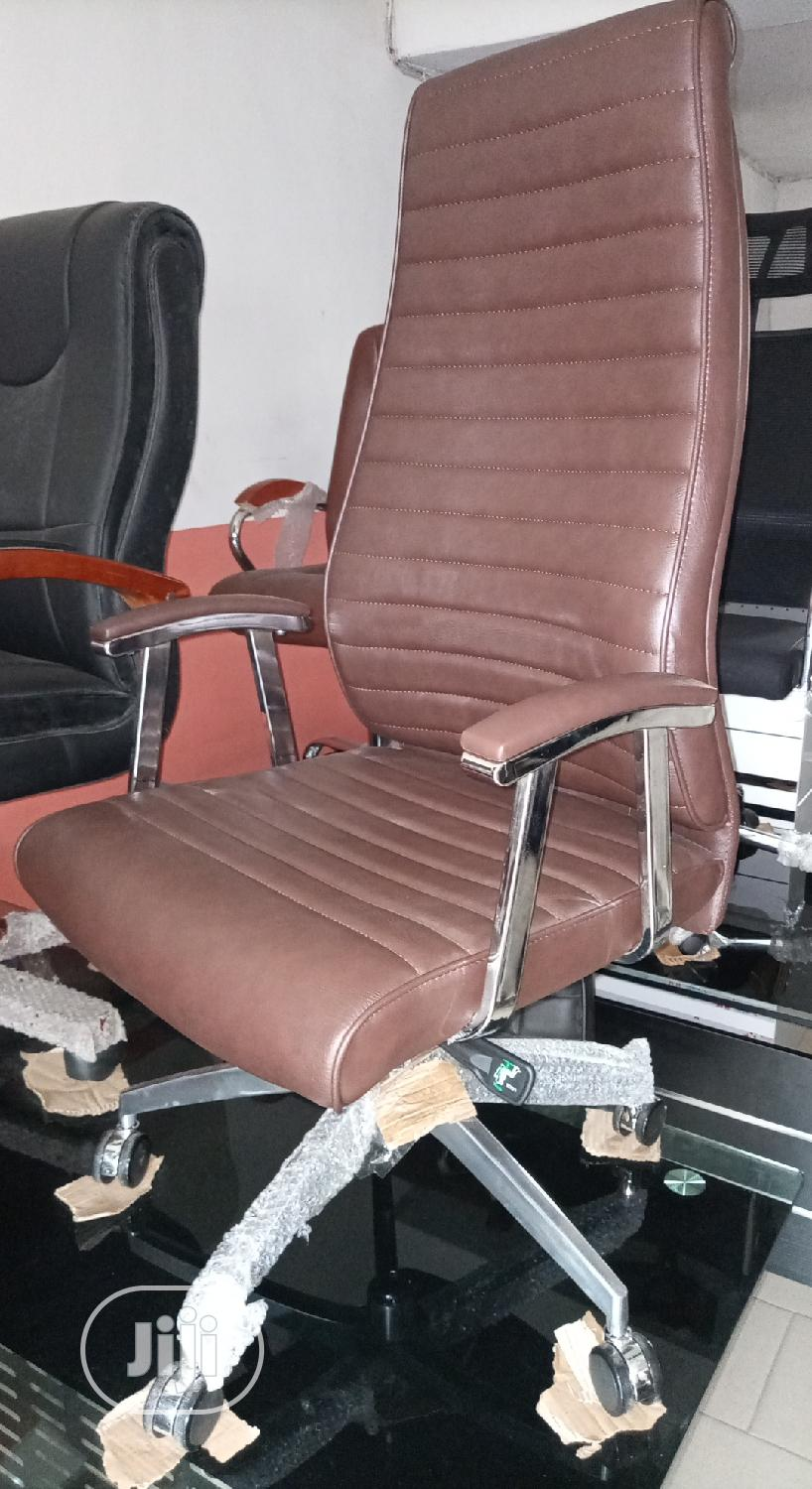 Archive: Super Quality Brown Executive Office Swivel Chair