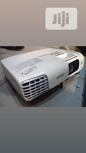 Superb And Very Bright Epson Projector For Sale | TV & DVD Equipment for sale in Cross River State, Calabar