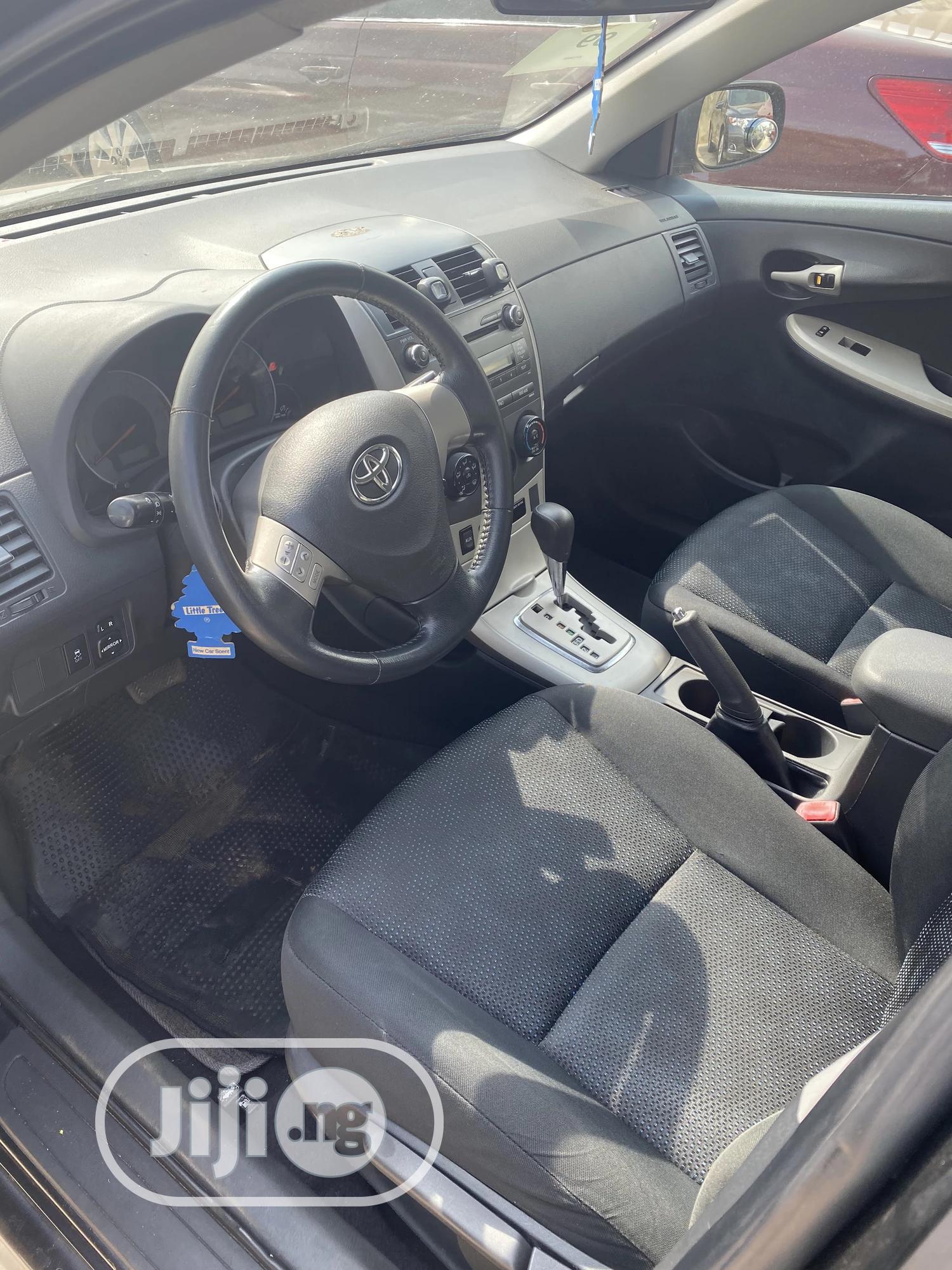 Toyota Corolla 2010 Black | Cars for sale in Ibadan, Oyo State, Nigeria