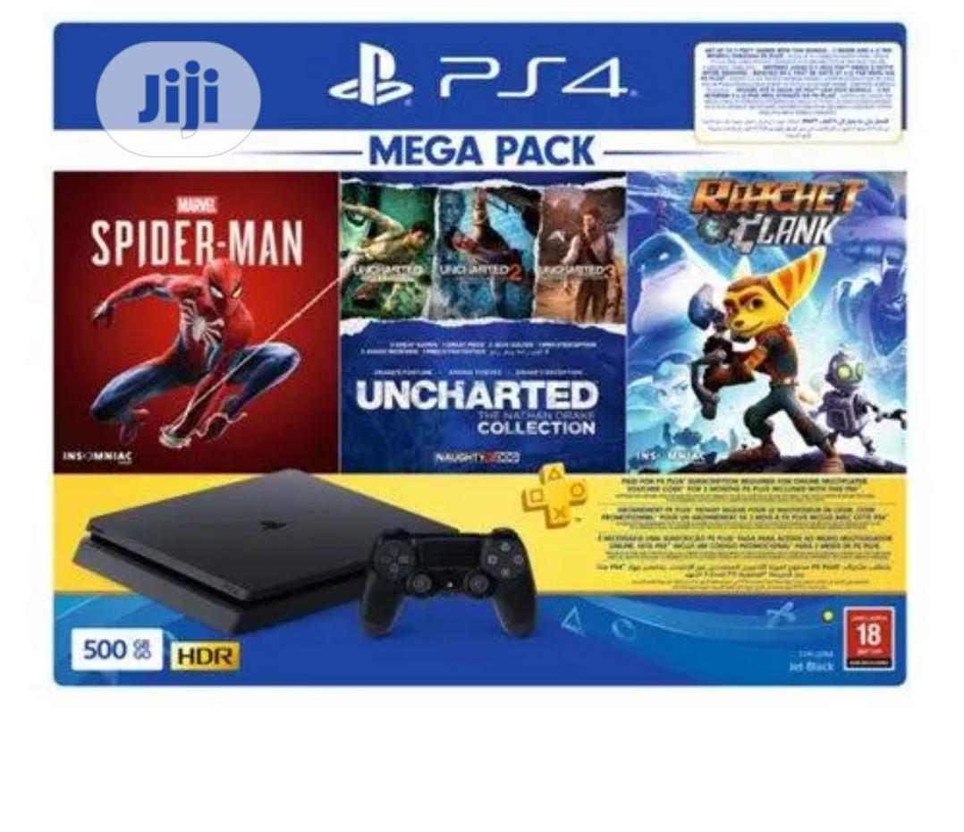 Playstation 4 500GB Mega Pack Bundle + 3 Games