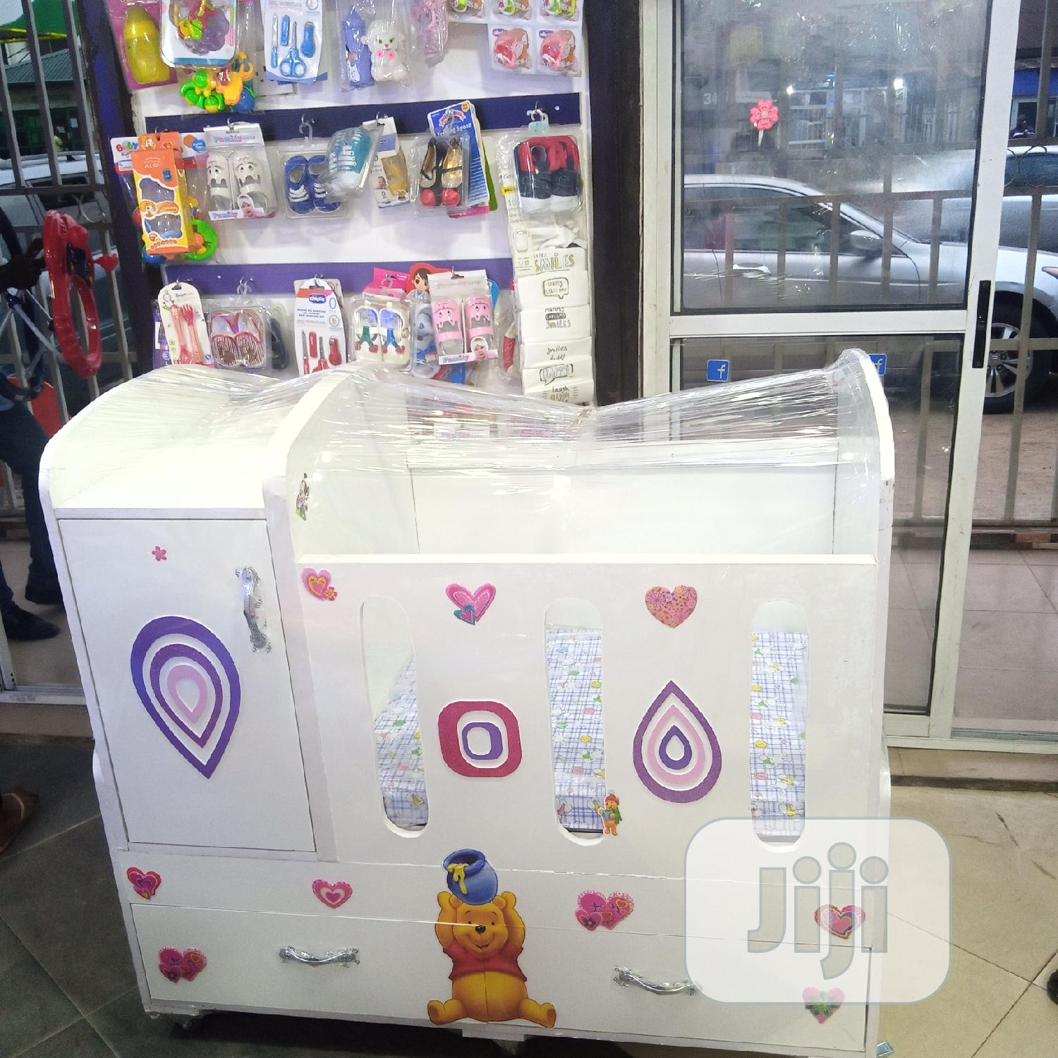 Comfy Baby Crib   Children's Furniture for sale in Surulere, Lagos State, Nigeria