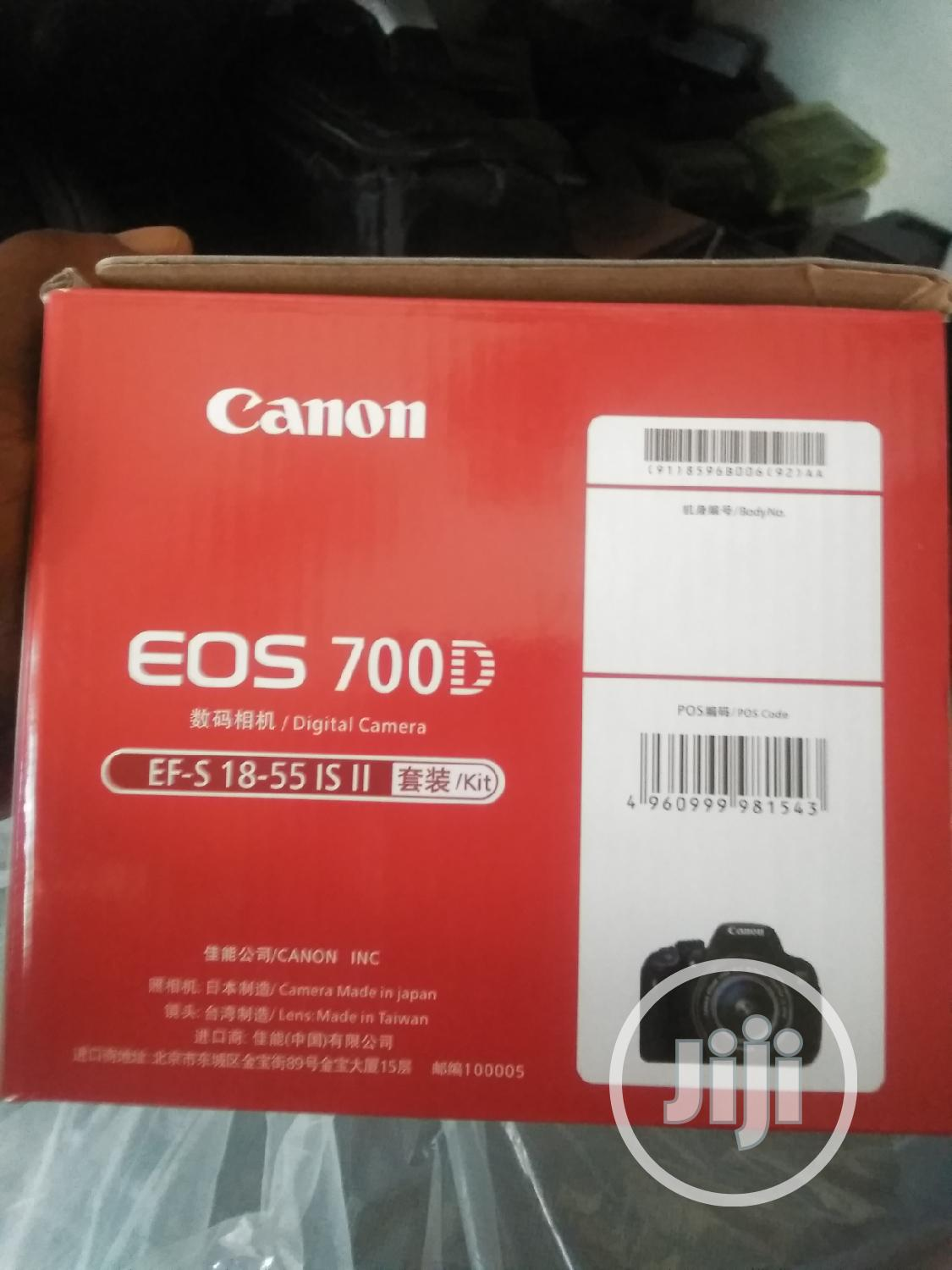 CANON EOS 700D Professional Camera | Photo & Video Cameras for sale in Ikeja, Lagos State, Nigeria