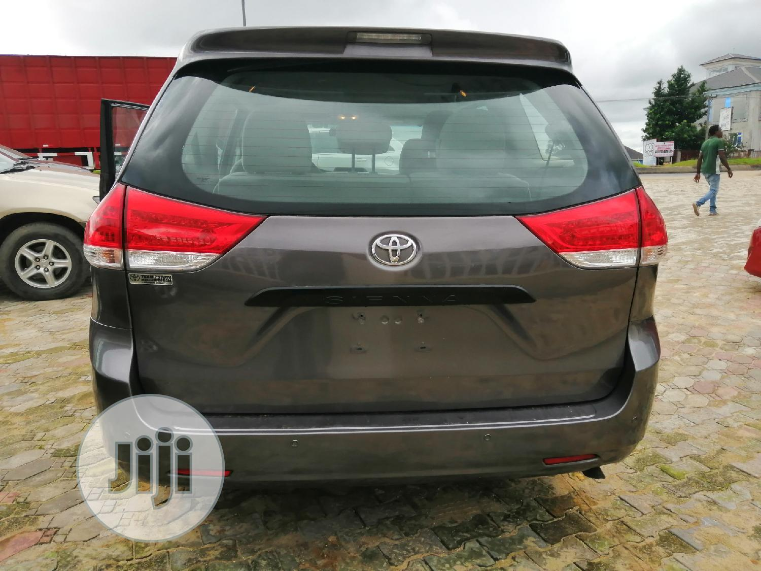 Toyota Sienna 2012 LE 7 Passenger Mobility Gray