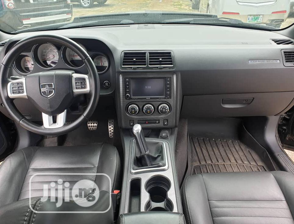Dodge Challenger 2012 R/T Black   Cars for sale in Ikeja, Lagos State, Nigeria