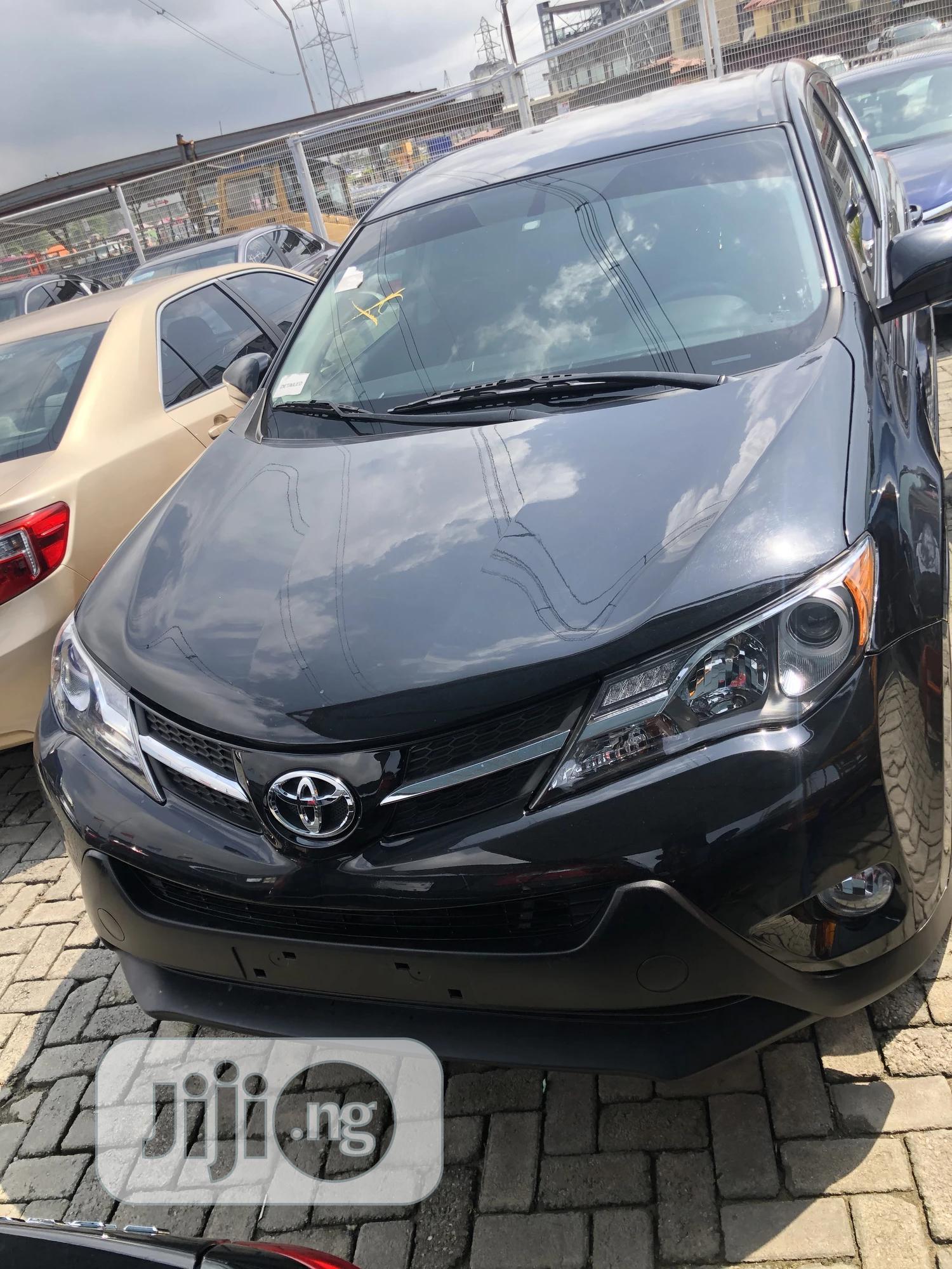 Toyota RAV4 2015 Black