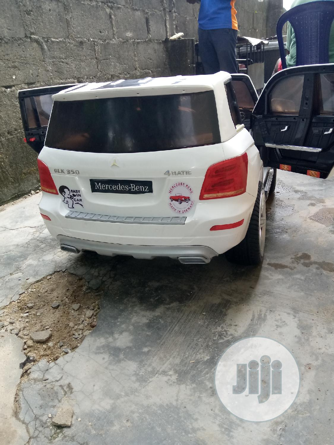 Uk Used Licensed Kids Mercedes Benz GLK 350 4matic Crossover   Toys for sale in Surulere, Lagos State, Nigeria