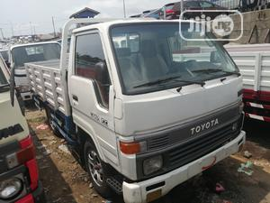 Toyota Dyna 100 Normal Hand Wh.Ite   Trucks & Trailers for sale in Lagos State, Apapa