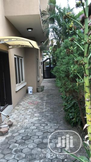 Executive Neat 3 Bedroom Flat To Let At Magodo 2 | Houses & Apartments For Rent for sale in Lagos State, Magodo