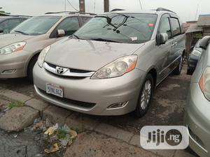Toyota Sienna 2008 XLE Limited 4WD Silver | Cars for sale in Lagos State, Apapa