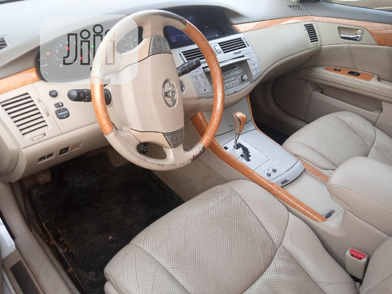 Toyota Avalon 2007 Limited White   Cars for sale in Ibadan, Oyo State, Nigeria