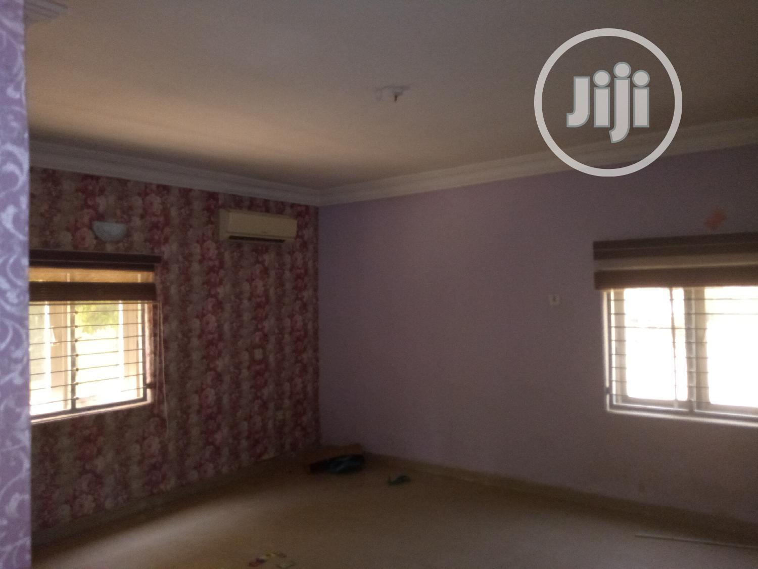 3 Bedroom Block of Flat   Houses & Apartments For Rent for sale in Gwarinpa, Abuja (FCT) State, Nigeria