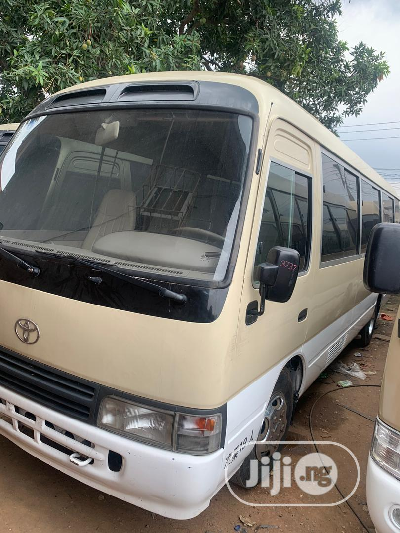 Toyota Coaster 2007   Buses & Microbuses for sale in Mushin, Lagos State, Nigeria