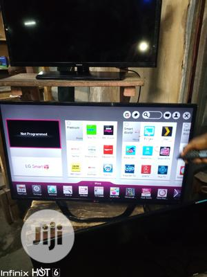 LG Television Led Smart 42inch   TV & DVD Equipment for sale in Lagos State, Ojo