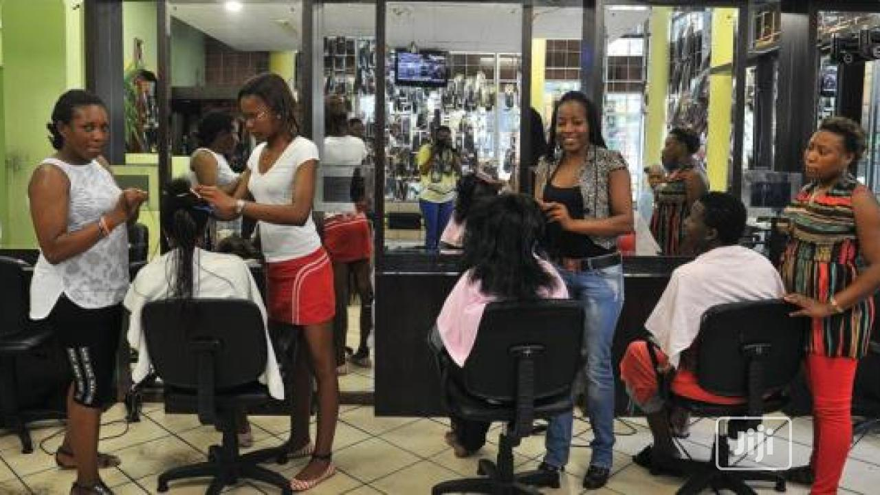 Archive: Professional HAIR Stylist ,Barber , Nail Fixer wanted
