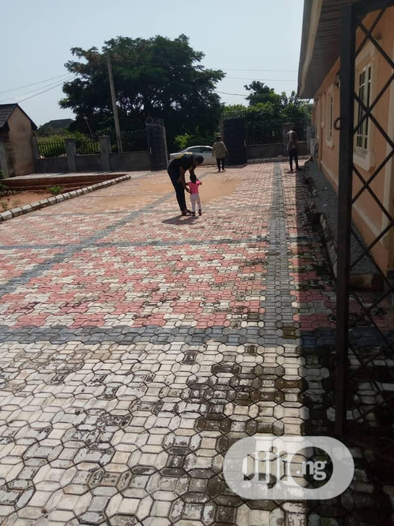 Brand New 2bedroom Flat With Pop Location Amagba To Let | Houses & Apartments For Rent for sale in Benin City, Edo State, Nigeria