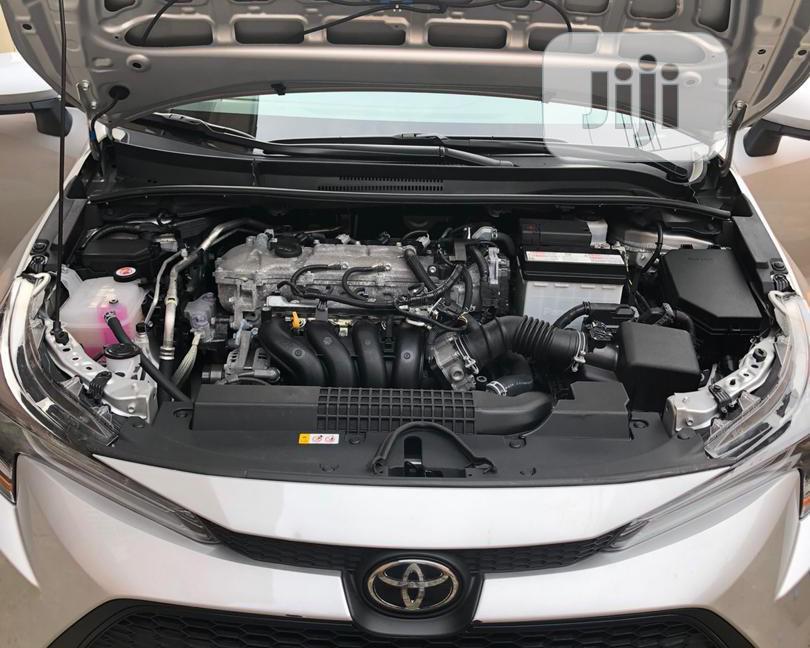 Archive: Toyota Corolla 2020 LE Silver