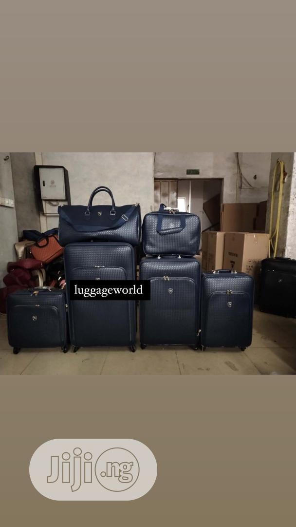Archive: Set Luggage