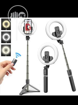 """L07 Bluetooth Selfie Stick With 5"""" Ring Fill Light   Accessories for Mobile Phones & Tablets for sale in Lagos State, Mushin"""