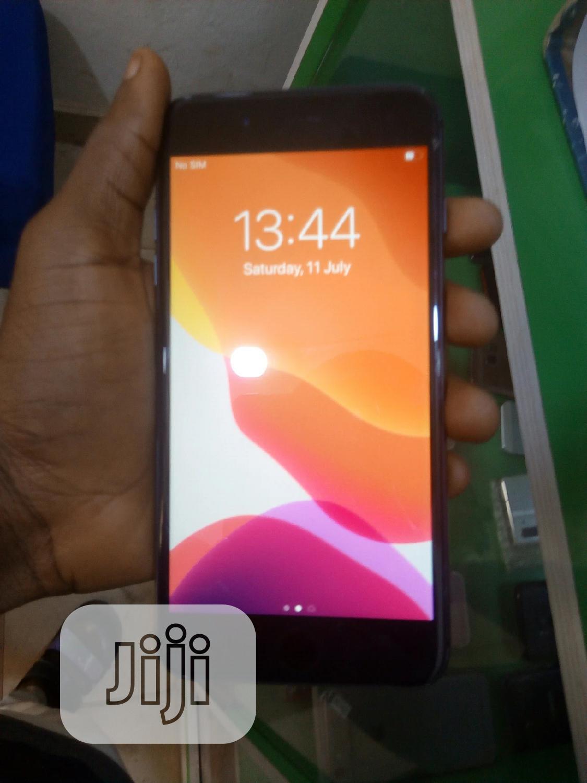 Apple iPhone 8 Plus 64 GB Black