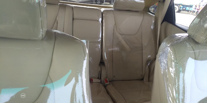 Archive: Lexus RX 2013 Gold