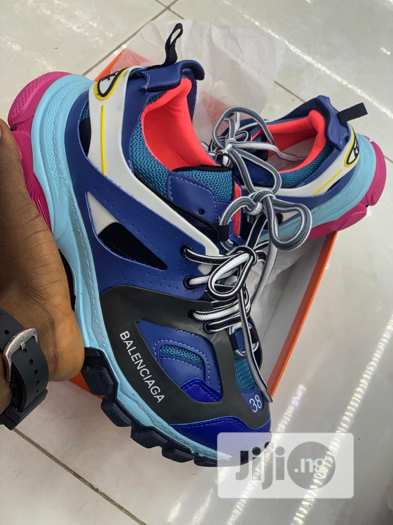 Unisex Sneakers   Shoes for sale in Mushin, Lagos State, Nigeria