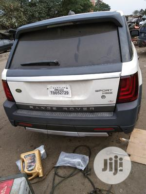 Upgrade Your Range Rover Sport 2006 to 2012 | Vehicle Parts & Accessories for sale in Lagos State, Mushin