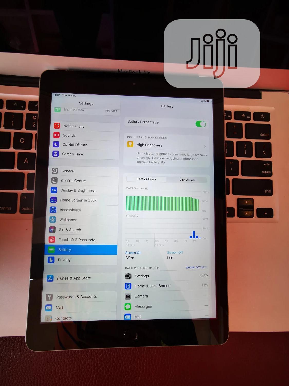 Archive: Apple iPad Air 2 32 GB Silver