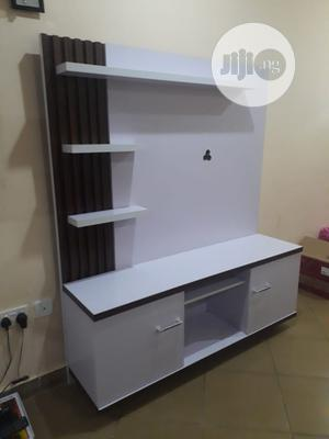 Tv Stand Unit Simple but Classic   Furniture for sale in Abuja (FCT) State, Lugbe District