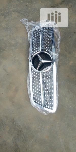 Mercedes Benz C/240 Front Grill Diamond,   Vehicle Parts & Accessories for sale in Lagos State, Mushin