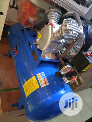 Air Compressor With Engines | Manufacturing Equipment for sale in Lagos State, Ojo